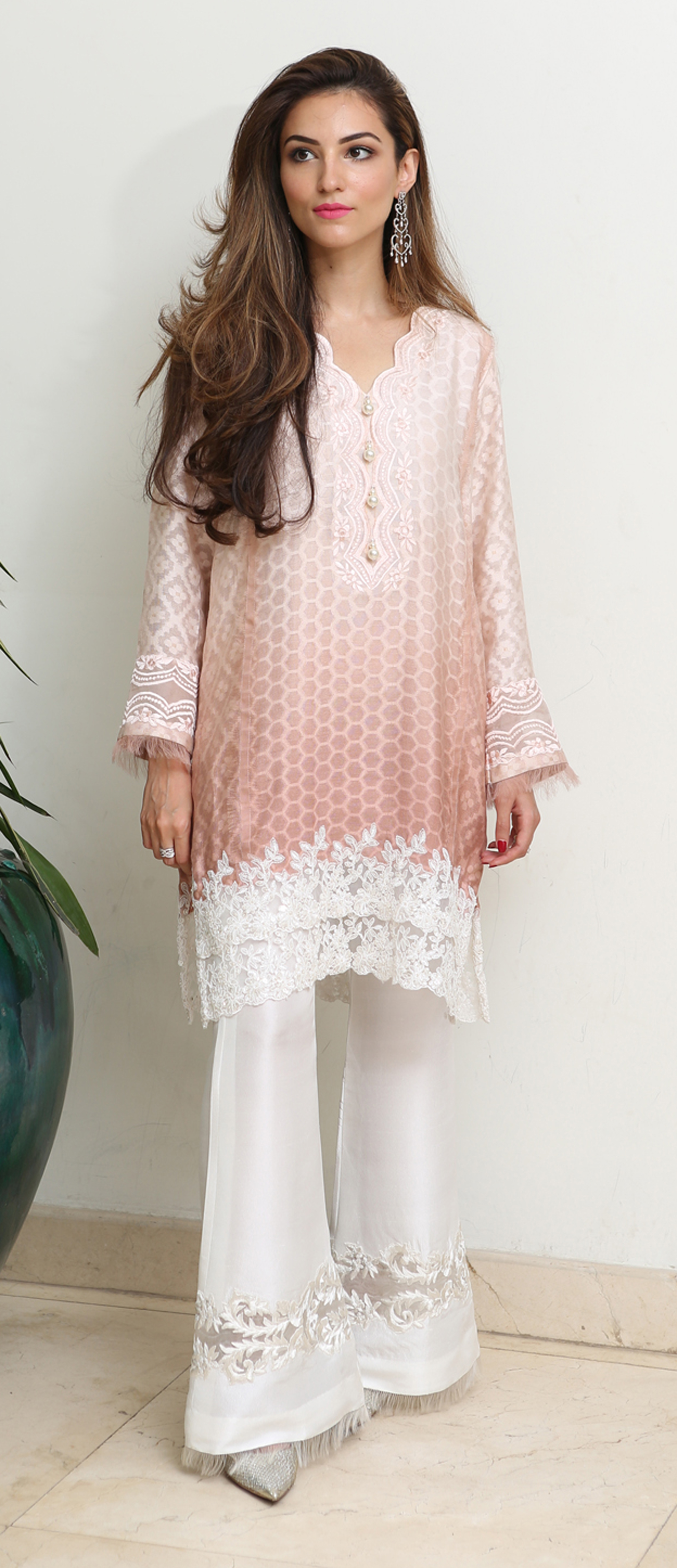 numra-waqas-understated-elegance-in-rema-shehrbano