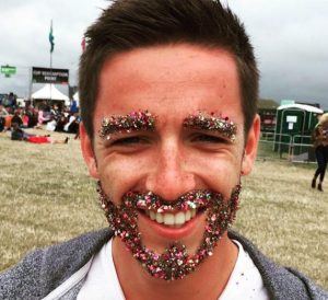 glitter-beards-are-sparkling-new-trend-male-facial-hair-men-shiny-sparkle-covered_4