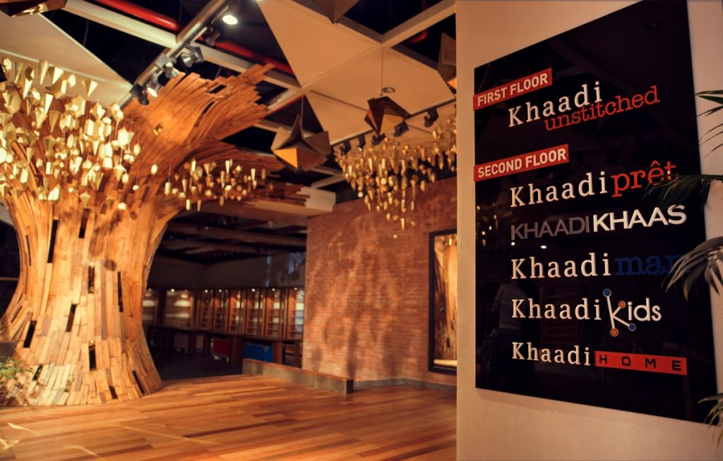 Khaadi opens doors to their largest store at Emporium Mall Lahore (4)