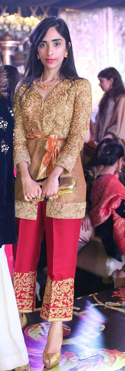 Zoe Khan