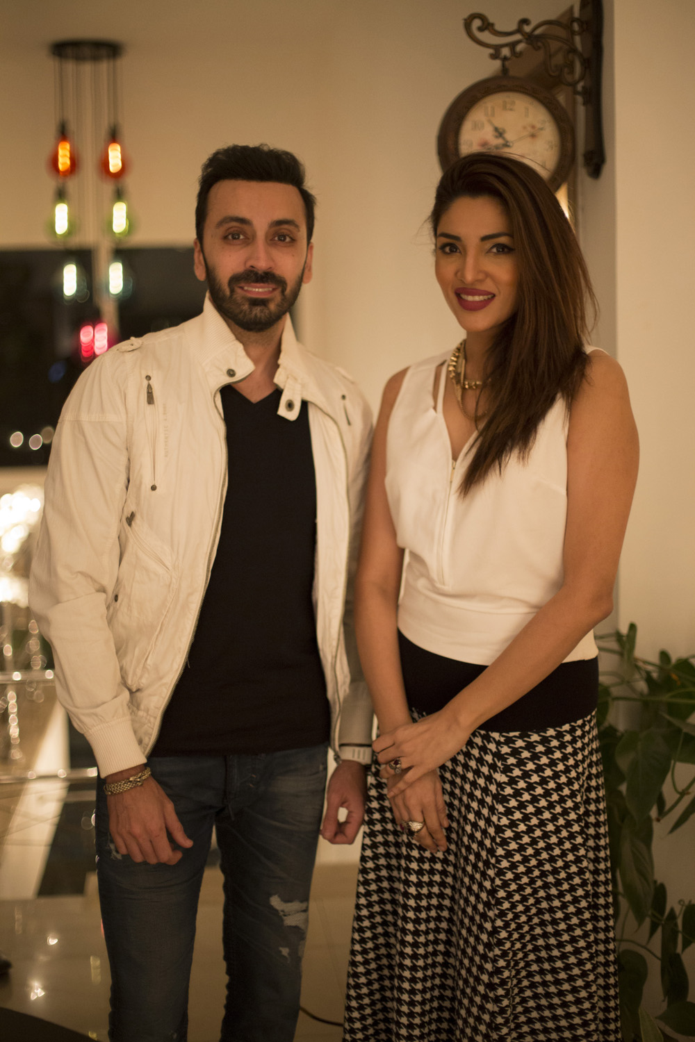 Amir Anees, Zhalay Sarhadi