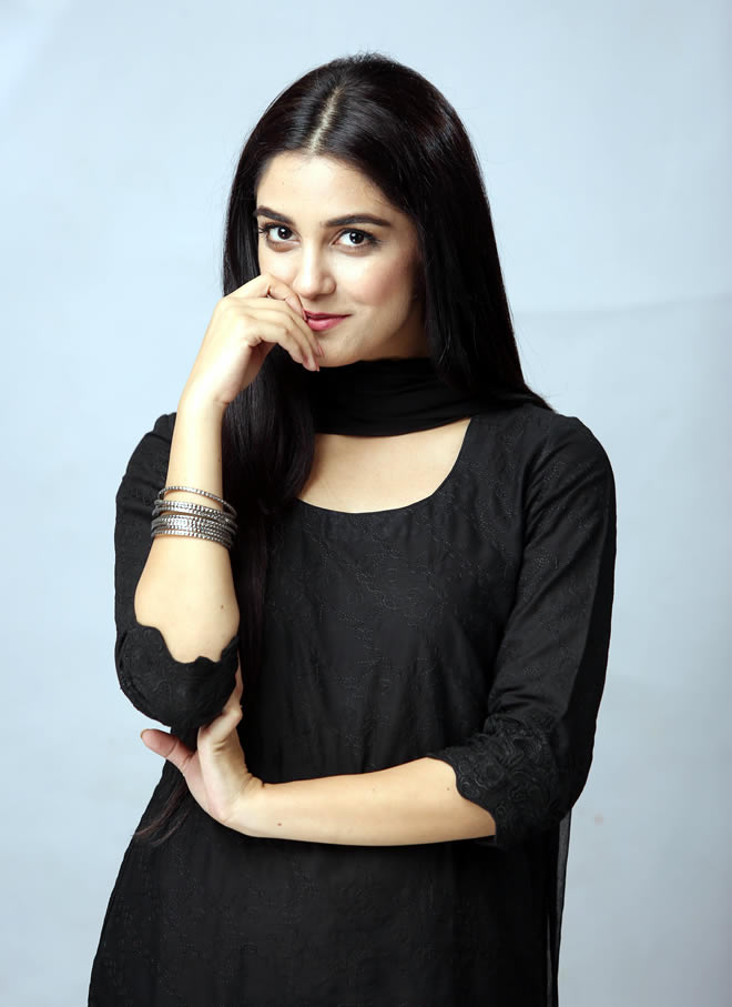 Maya Ali Mann Mayal