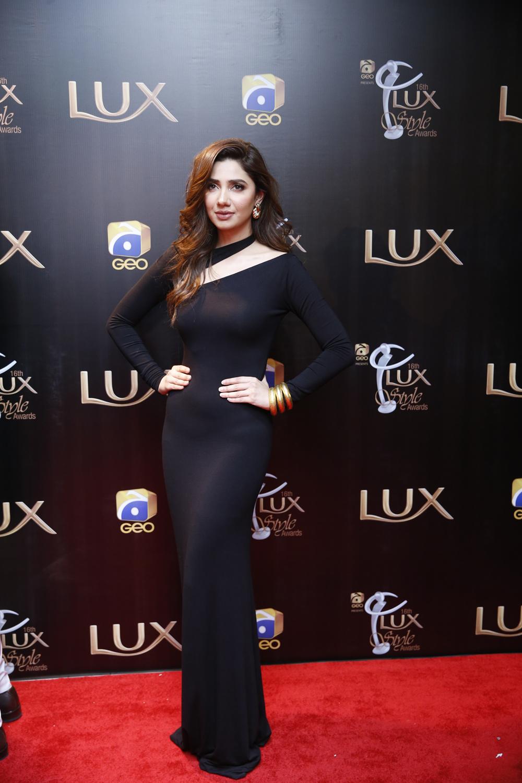 Mahira Khan (2)