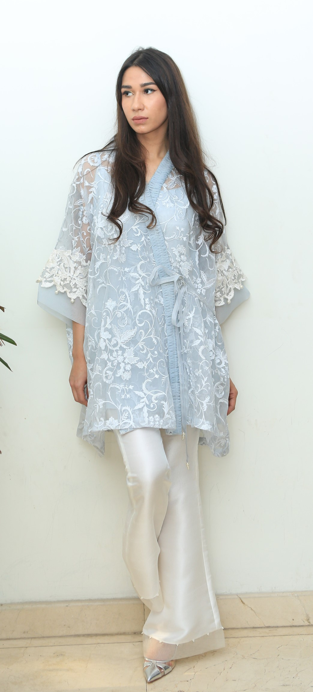 Get the Summer blues in this intricatly worked kurta with bootleg pants