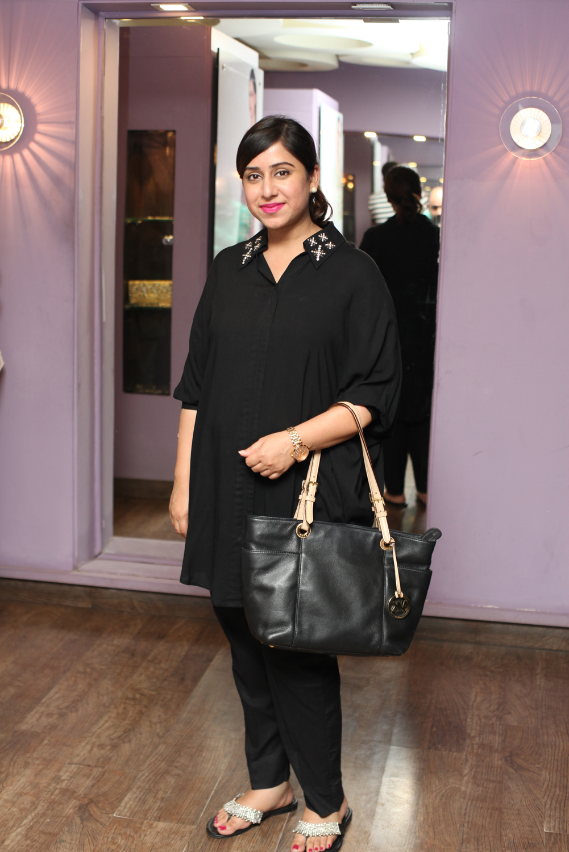 Hina Ali