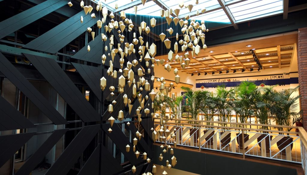 Khaadi opens doors to their largest store at Emporium Mall Lahore (7)