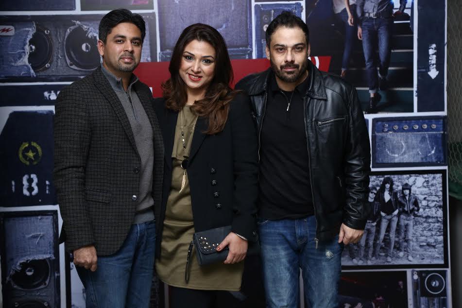 Mr & Mrs Zia with Hatib