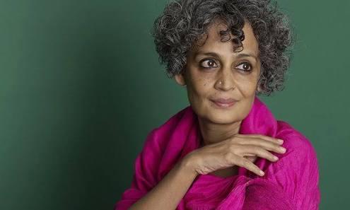 Arundhati Roy-1