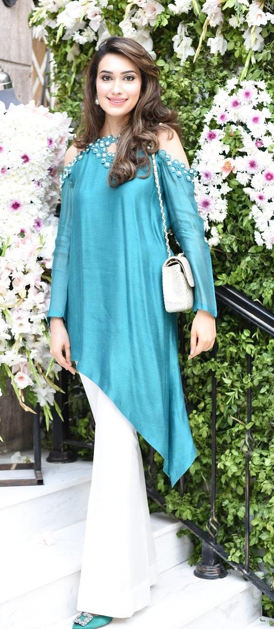 Sania Sameer Baig solo for TWTW