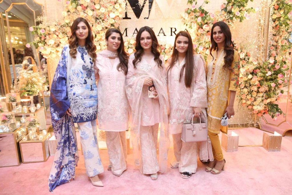 Alisha, Maria Baig, Meera Ansari, Sana and Roma wearing Manara by Maria Asif Baig (1)