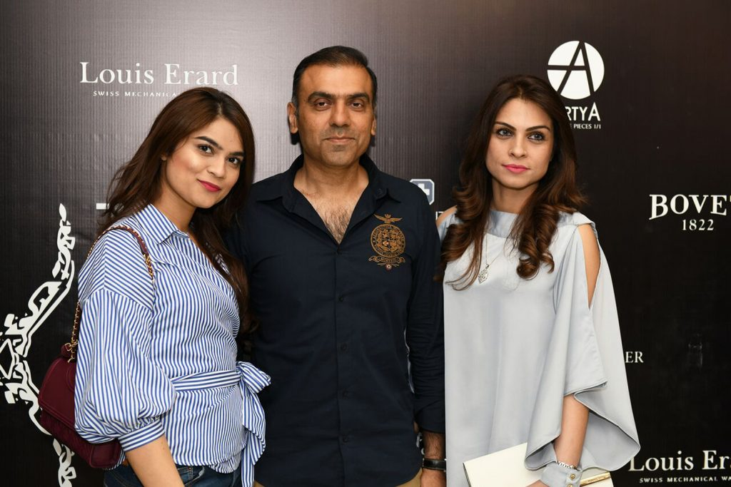 Attique Ahmed with Sadaf Attique (left) with Daughter