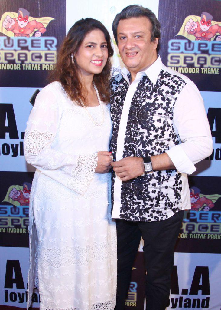 Mr. & Mrs. Munaf
