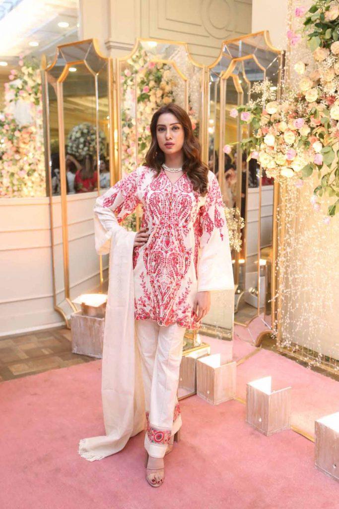 Nooray Bhatti wearing Manara by Maria Asif Baig (2)