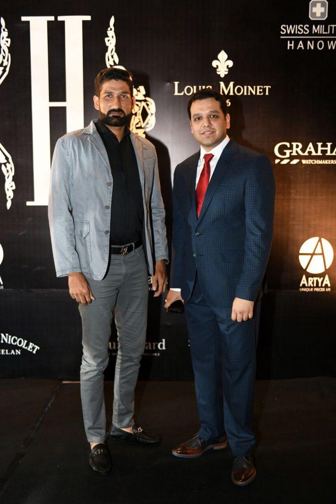 Sohail Tanveer and Zeeshan Hanif - Copy