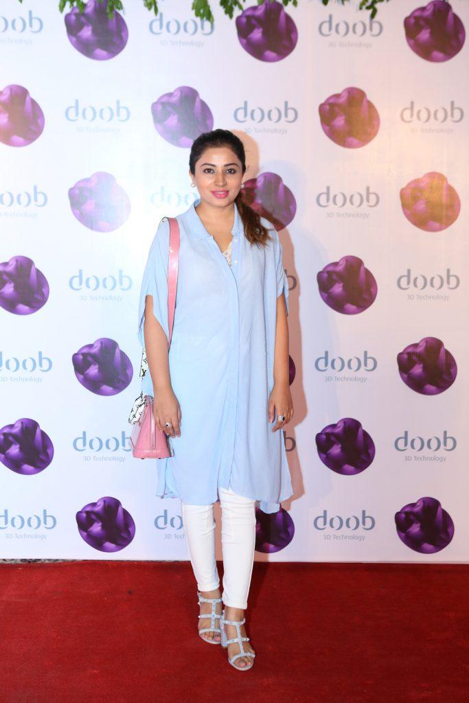 Dr Amna